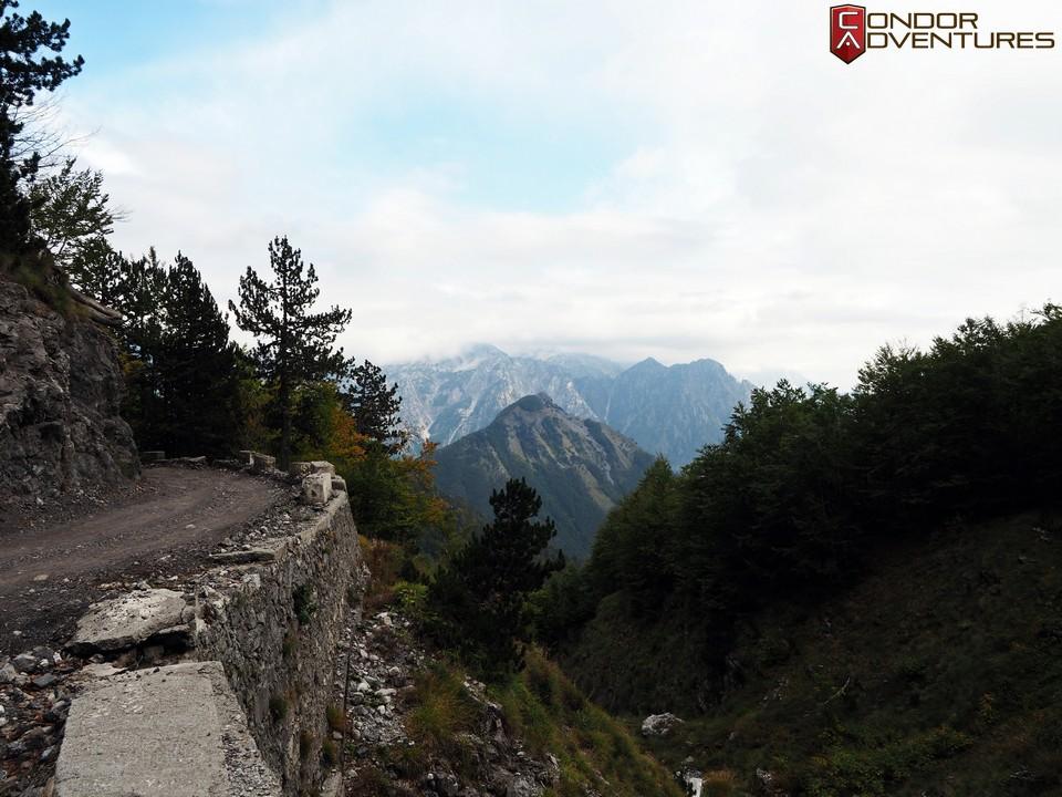 explorealbania-motoros túra-condorriders-sasok földje-albánia-SH21-albán alpok-albanian alps-theth